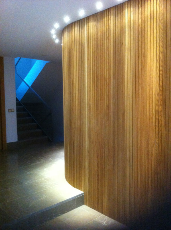 Revestimiento con perfil de madera muebles yuste - Revestimiento de madera para paredes ...